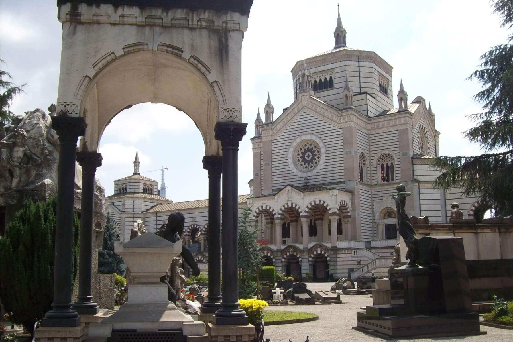 cimitero milano
